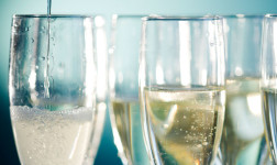 Types of Sweet White Wine:  Champagne
